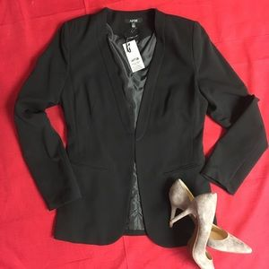 NWT Sleek Black Blazer Women's Jacket